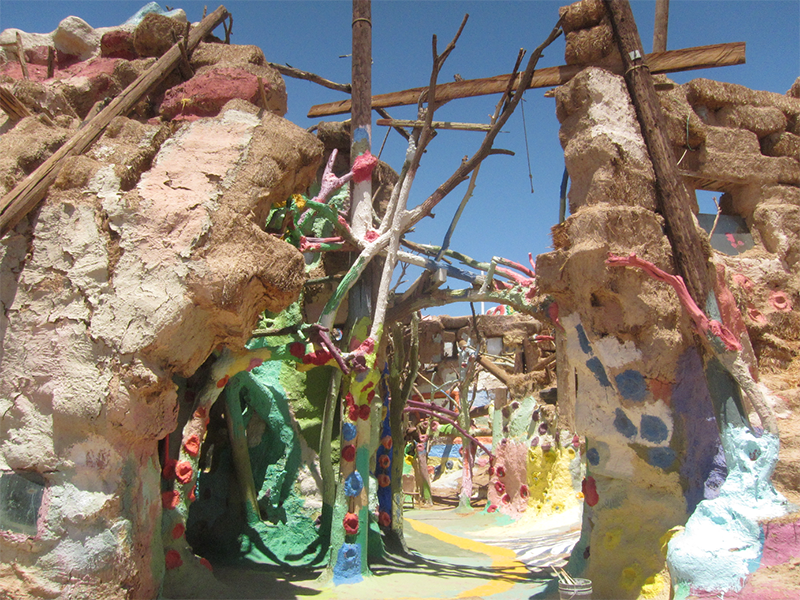 Salvation Mountain shirne in the Californian desert, photo by P.J.Margry